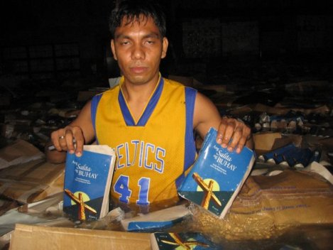 This is Pastor Leo...the flood that just hit Manilla ruined BIbles...send Bibles right now by clicking on the picture.